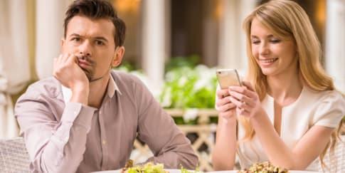 5 Kebiasaan Kencan yang Bikin Pria Bosan