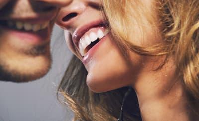 Pentingnya Tertawa Saat Bercinta