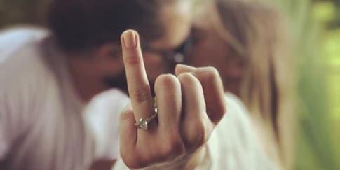 Intip Pernikahan Rahasia Margot Robbie