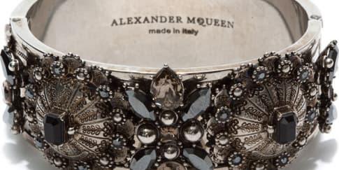 Wajib Punya: Aksesori dari Alexander McQueen
