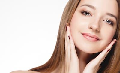 4 Perawatan Wajah di Klinik untuk Terlihat Lebih Cantik