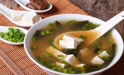 Cara Mudah Membuat Sup Miso Sendiri