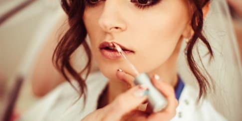 5 Pilihan Lipstik untuk Hari Pernikahan
