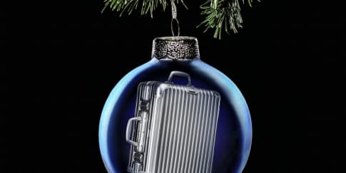 Aksesori Natal dan Tahun Baru dari Rimowa