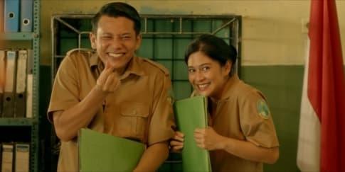 6 Pelajaran Hidup Dari Film 'Guru-Guru Gokil'