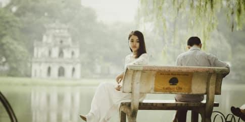 5 Tanda Wanita Sudah Kecewa Dengan Pasangannya