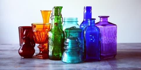 7 Ide Manfaatkan Botol Kaca Untuk Dekorasi Rumah