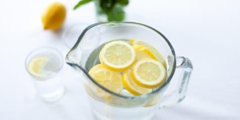 Mengulik 7 Manfaat 'Infused Water' Untuk Kesehatan Tubuh
