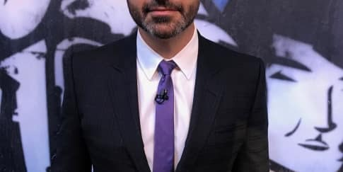 Jimmy Kimmel Akan Kembali Jadi Host Emmy Awards 2020