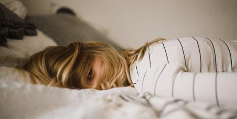 Apakah Kurang Tidur Dapat Menyebabkan Penuaan Dini?