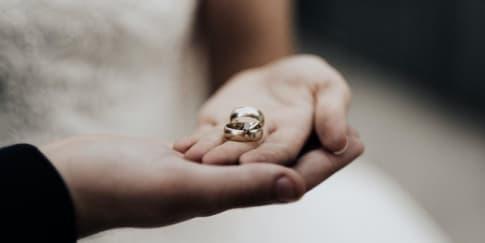 Ini Dia 3 Alasan Tidak Datang Ke Pernikahan Mantan