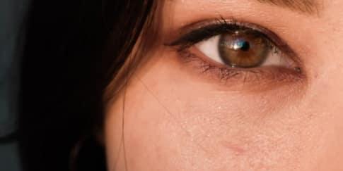 Sering Main Gadget, Coba Gerakan Yoga Mata Ini