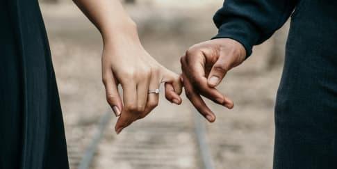 Masih Rindu Mantan? Ini 6 Tanda Kamu Belum Siap Menikah