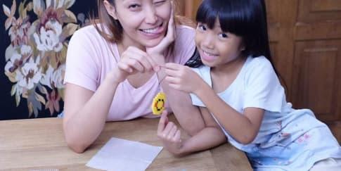 Hardiknas 2020: Sejumlah Seleb Temani Anak Belajar Di Rumah