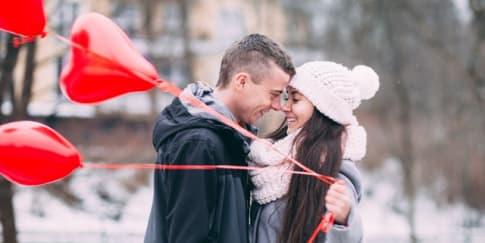 Pasanganmu Benar Cinta Atau Sekadar Suka? Ini Perbedaannya!
