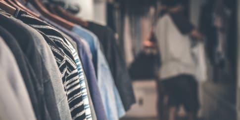 10 Tips dan Ide Mudah Merapikan Lemari Pakaian