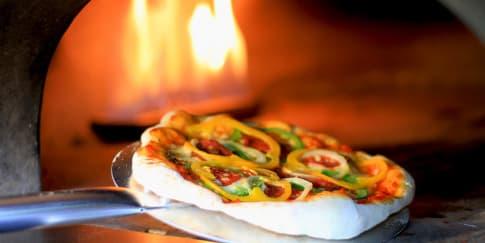 Sultan Pizzeria, Nostalgia Tempat Hits Era 90an