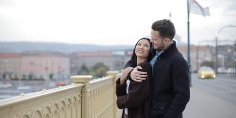 Pasangan Pura-Pura Cinta, Kenali Tandanya