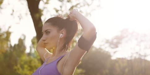Tips Memilih Earphone Terbaik Agar Olahraga Lebih Semangat