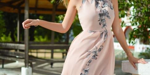 Berikut 5 Warna Pakaian Yang Bantu Menghilangkan Stres