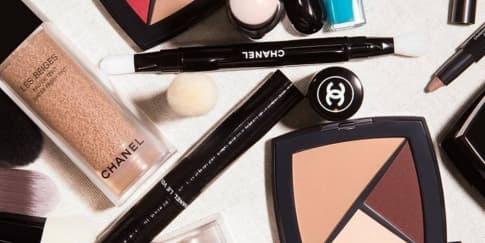 3 Produk Makeup Esensial Chanel Hasil Kreasi Lucia Pica