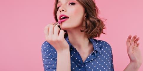 10 Warna Lipstik yang akan Menjadi Tren Selama 2021