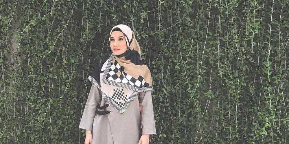 23 Inspirasi Gaya Hijab Artis Untuk Lebaran Tahun Ini