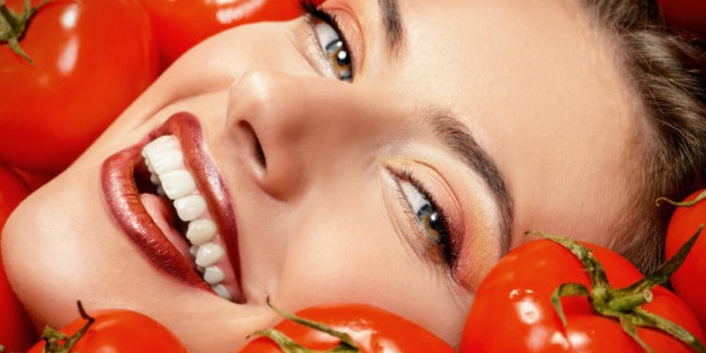 6 Manfaat Hebat Tomat Untuk Atasi Masalah Kulit