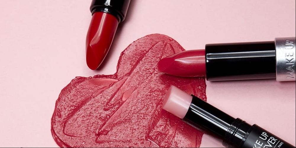 7 Lipstik Merah Untuk Hari Valentine