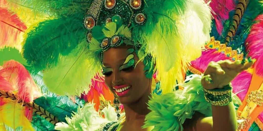 Intip Koleksi Carnival Dari Mac