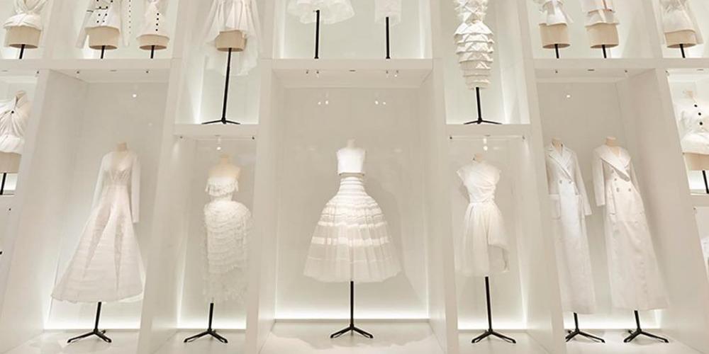 Intip Proses Persiapan Pameran Dior di Paris
