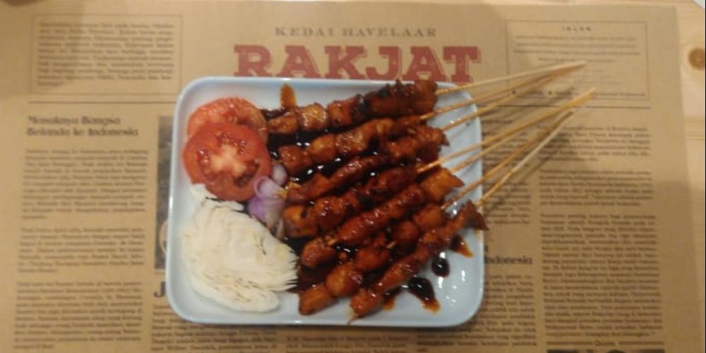 Nikmat Makan dengan Nuansa Patriotik di Kedai Havelaar