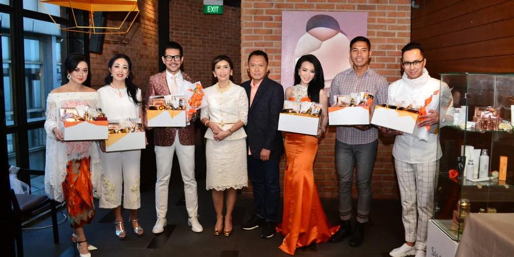 SamKim Memperkenalkan Brand Ambassador dan MUA Baru