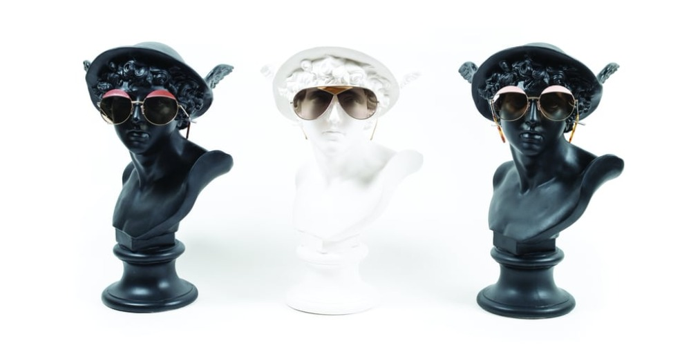 Sentuhan Bahan Kulit di Koleksi Kacamata Loewe Terbaru