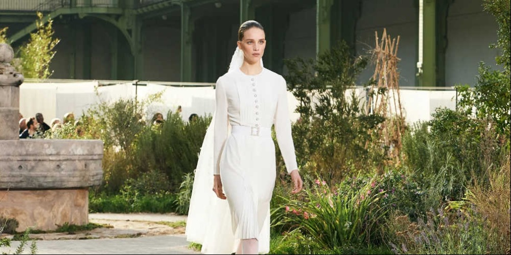 Siap-Siap Menonton Haute Couture Fashion Week Dari Rumah