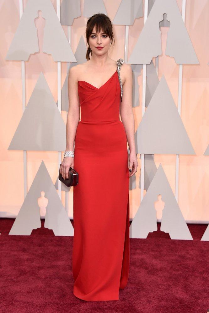 We Love: Dakota Johnson Academy Awards 2015 Red Carpet