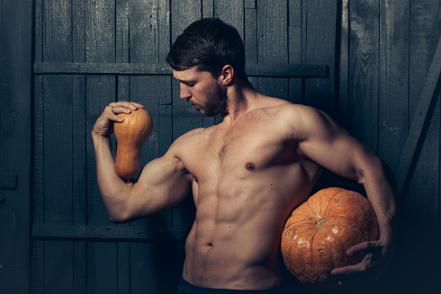 3 Tipe Pria yang Harus Dihindari Saat Pesta Halloween