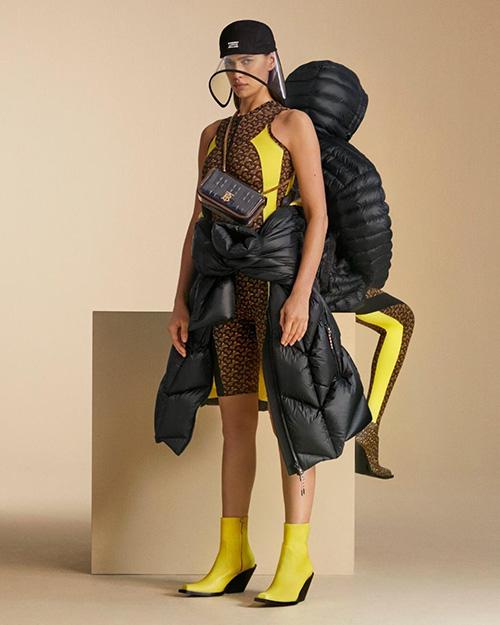 Burberry Menampilkan Irina Shayk Sebagai Model Kampanye