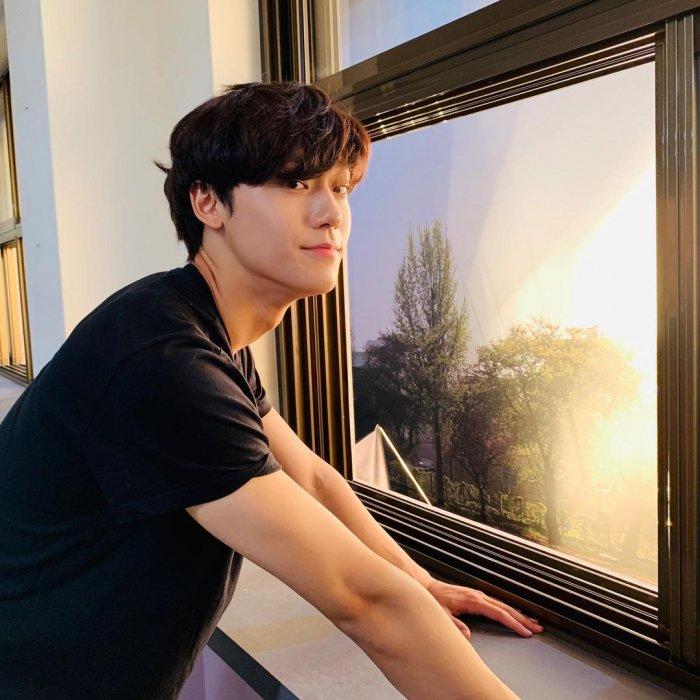 7 Fakta Menarik Lee Do Hyun, Pemeran Drama Youth of May