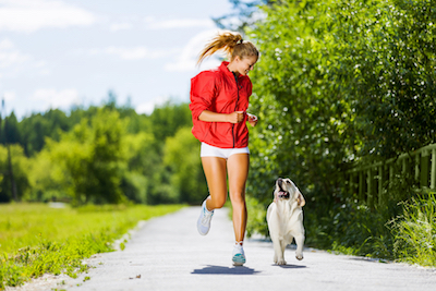 Olahraga yang Bisa Dilakukan Bersama Hewan Peliharaan