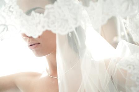 Jenis Wedding Veil Sesuai Bentuknya