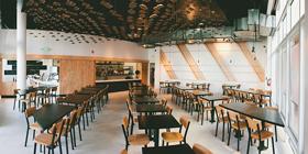 Serunya Makan di Restoran Komodo, California
