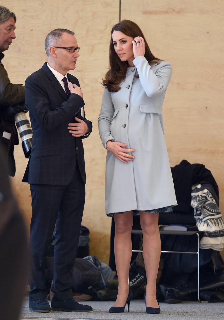Kate Middleton Perlihatkan Calon Bayi