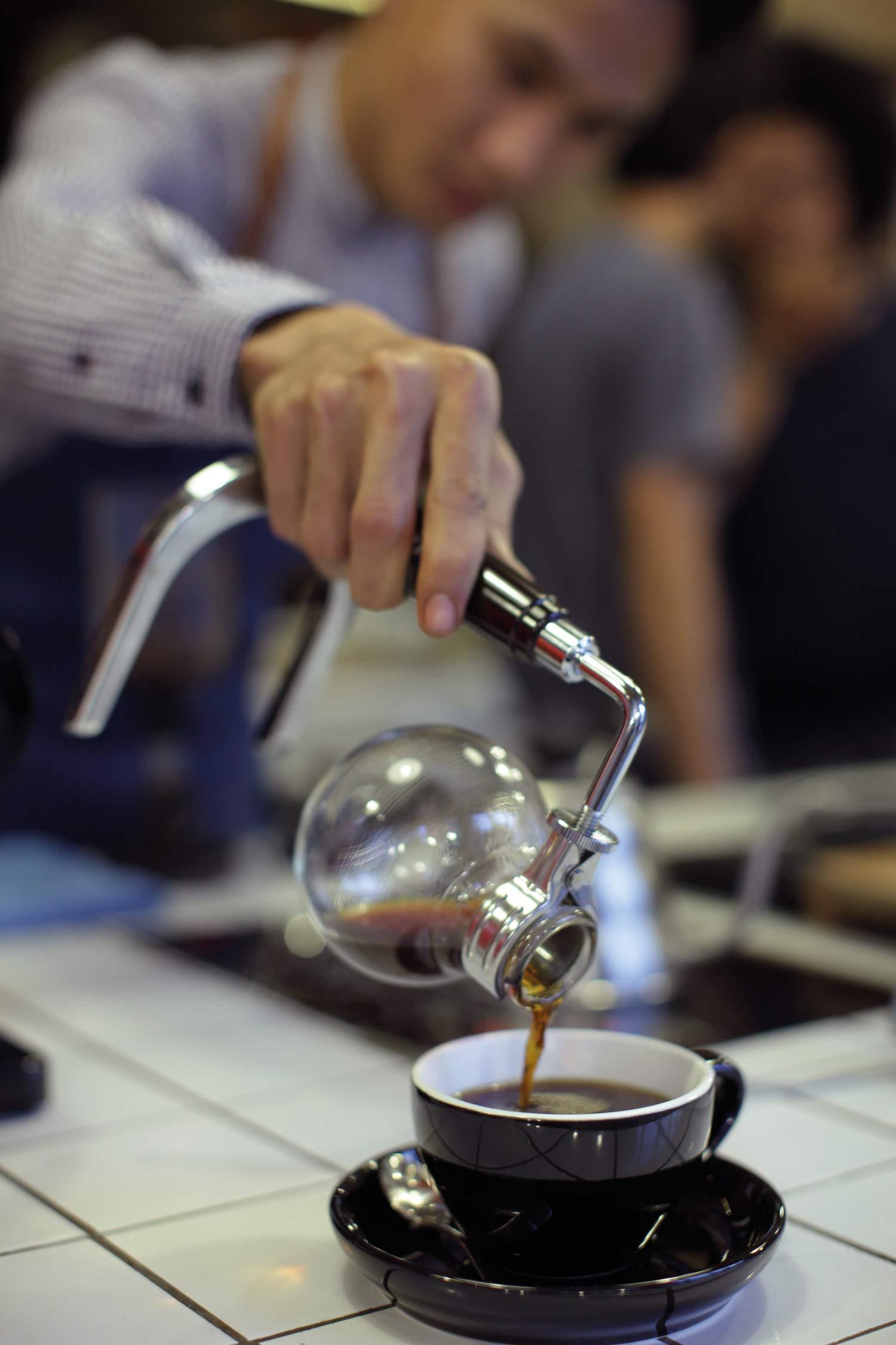 Filosofi Kopi Cafe Jadi Incaran Anak Muda Jakarta