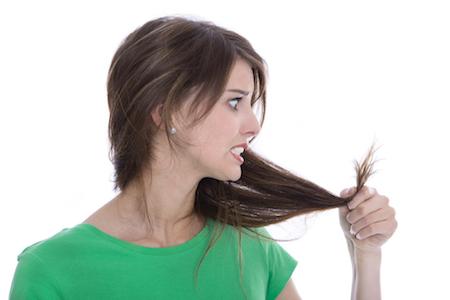 4 Hal yang Menyebabkan Rambut Bercabang