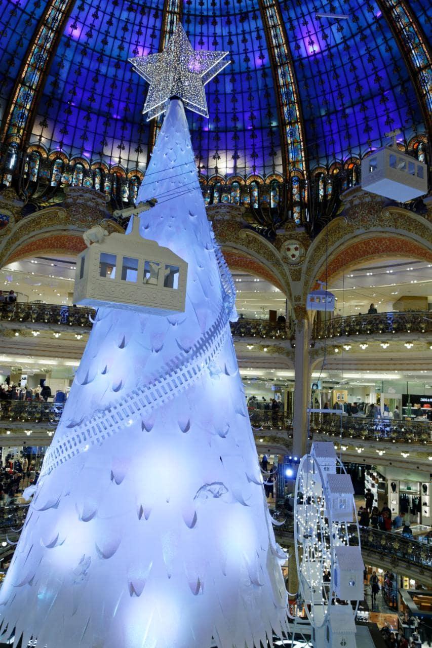 Pohon Natal Terunik di Dunia