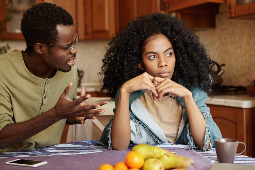 Haruskah Wanita Mengalah Dari Pria? Ini Jawabannya!