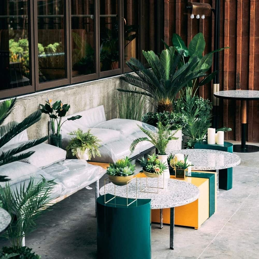 Rekomendasi Kafe Baru Dengan Suasana Outdoor Di Tengah Kota