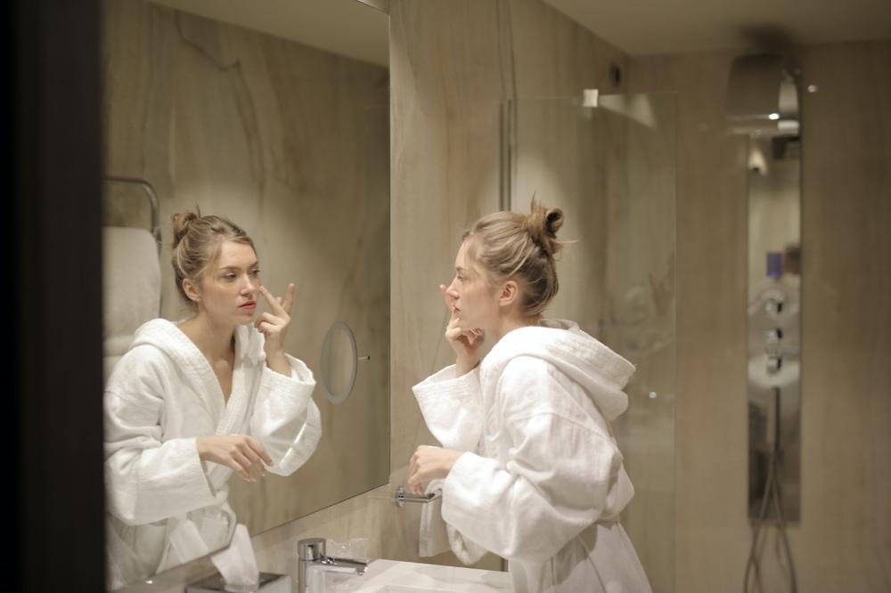 7 Rekomendasi Krim Malam Untuk Merawat Kulit Wajah