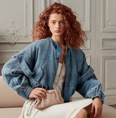 Louis Vuitton Luncurkan Dua Produk Pouch Baru